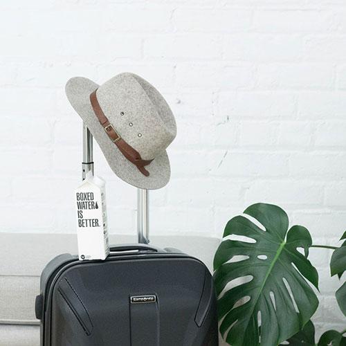 Tradycyjne czy na kółkach – jakie walizki wybrać?